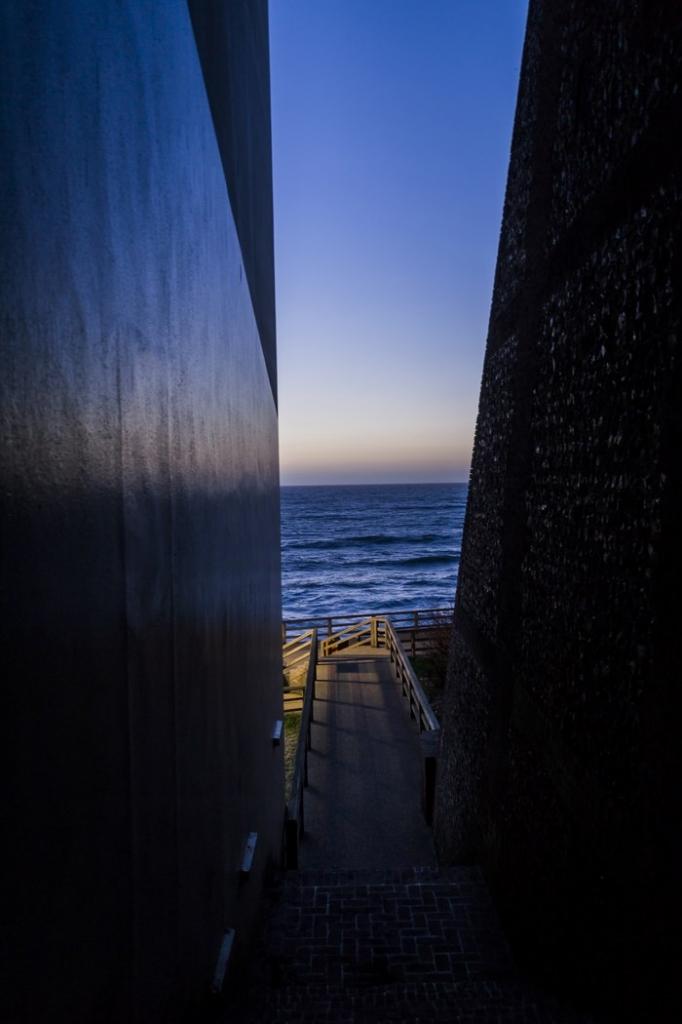 etretat escalier obscure-2 (Copier)